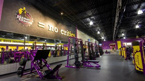 Gym in Elyria, OH | 1553 W River Rd N | Planet Fitness