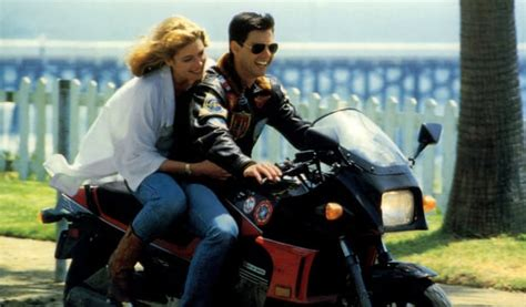 Tom Cruise and Jennifer Connelly recreate iconic Top Gun